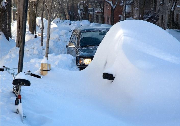photo de voitures enneigées